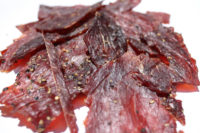 0000021_bulk_2lb_bag_peppered_beef_jerky.jpeg