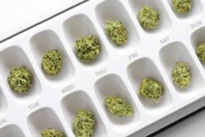 今や主流!?医療大麻の新しい摂取法「マイクロドーズ」って何?