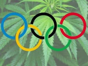 大麻吸って動けない…「カウチロック」その意味&効果とは?